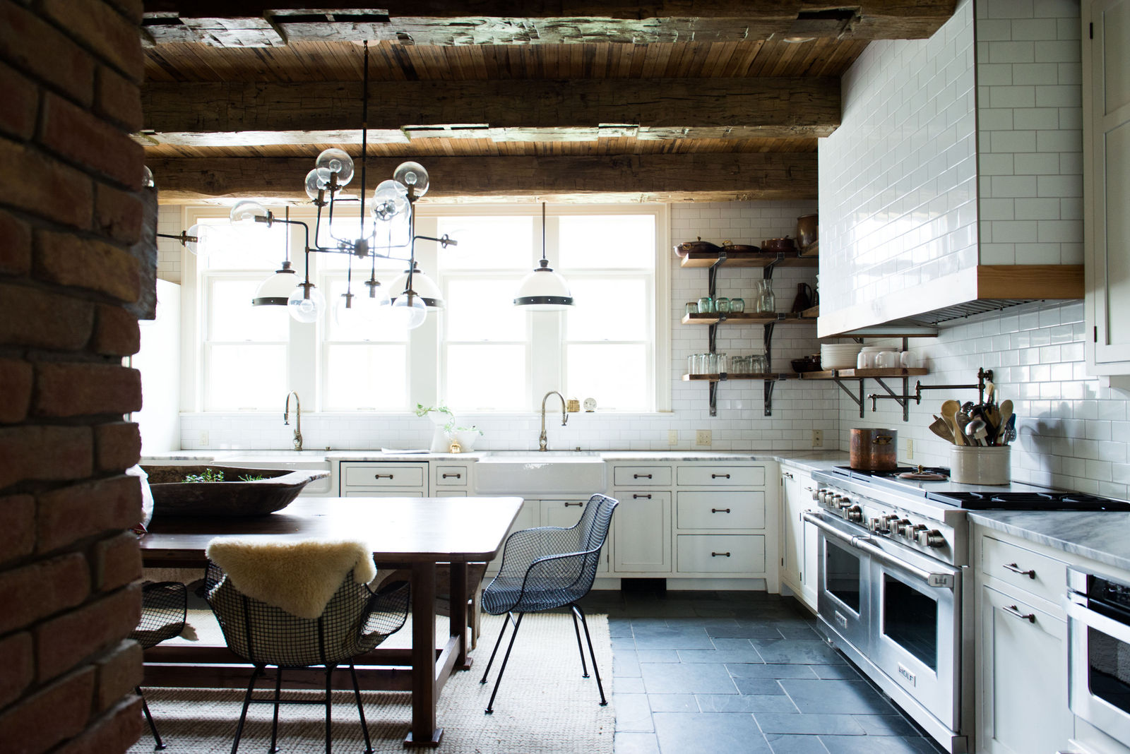 Simple & Charming: Farmhouse Style for the Kitchen - The Kitchen Witches