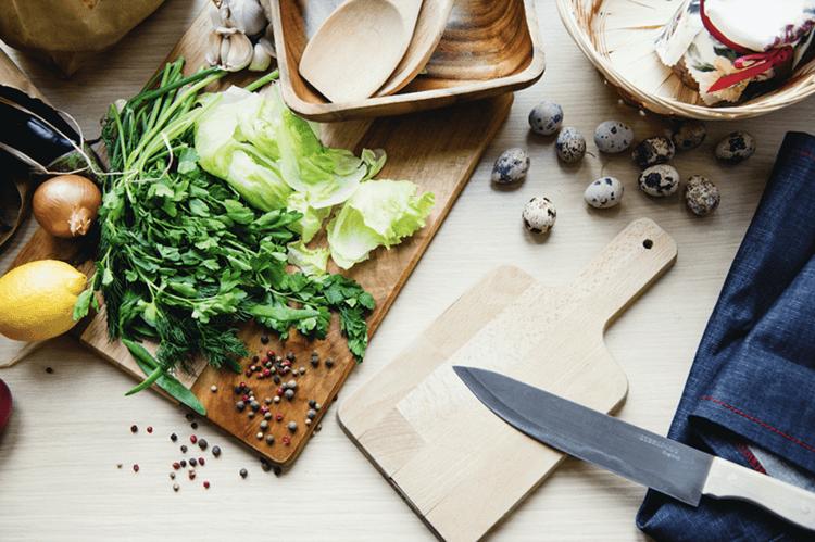 Veggies on a chopping board